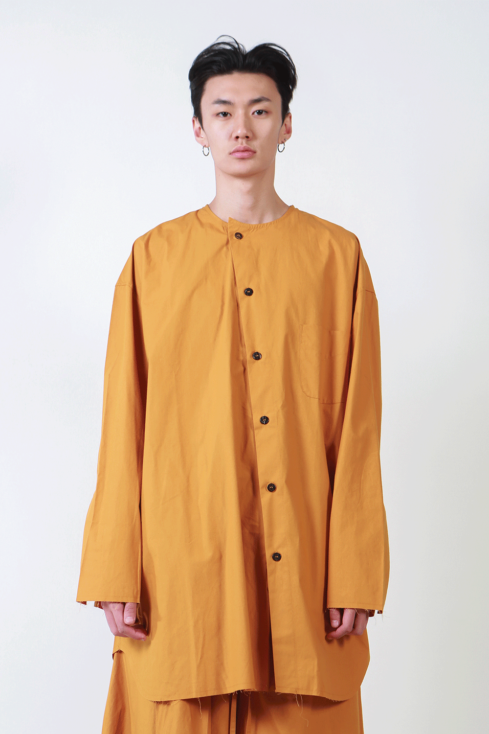 F/W18 LOBU UNBLANCED SHIRT_GOLD